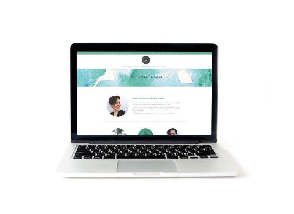 nicole_hofmair_person_im_zentrum_patricia_jauk_graphic_design_website